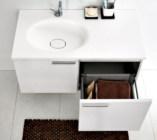 Aranżacja łazienki. Poręczna szafka pod umywalkę - GALERIA