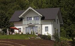 Budowa domu na skarpie - zobacz, jak wykorzystać atuty stromych działek