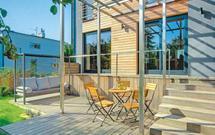 Budowa tarasu drewnianego. Jak wykonać wysoki taras na gruncie?