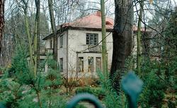 Domy 100 i 20 lat temu. Technologiczne ruiny czy nieruchomości warte uwagi?