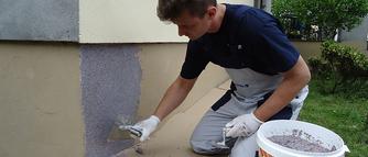 Jak kładzie się tynk mozaikowy? Zobacz pełen przebieg prac w GALERII