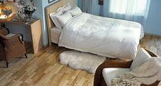 Deska podłogowa, panel laminowany czy LVT? Podłogi drewniane i drewnopodobne na różne potrzeby i kieszeń