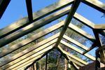 Wpływ więźby dachowej na projekt dachu. Zobacz, jaką więźbę dachową wybrać